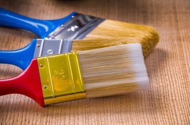 Best paint brushes for smooth finish.