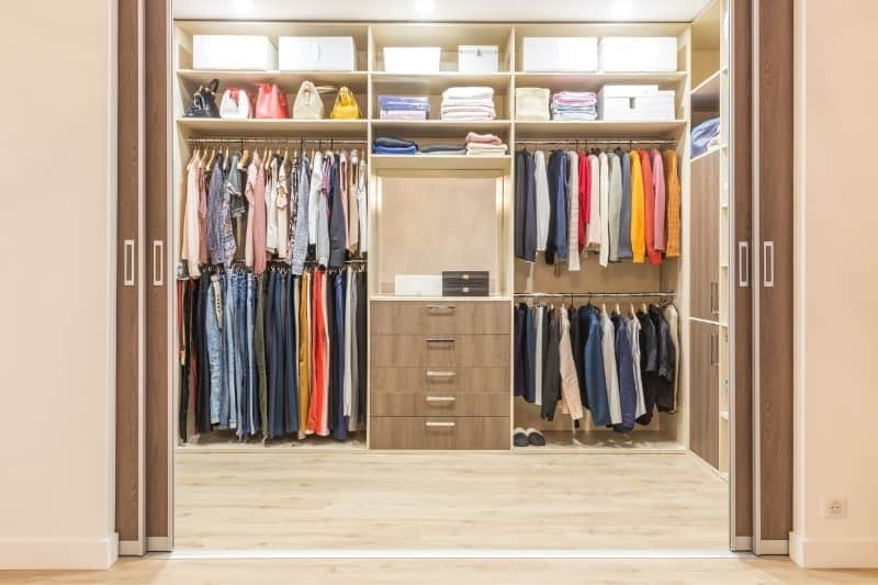 Walk-In Closet: A room where you store clothes and other items.