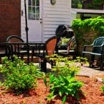 Cleaning oxidized plastic patio chairs,