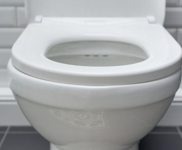How to remove urine stains from toilet seats.