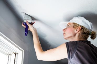 Should you paint the walls or the ceiling first?