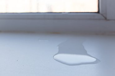 Window leaks when it rains. Seal the windows and prevent them from leaking water.