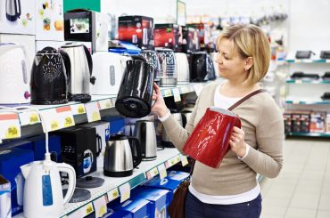 Searching for the best small electric kettle for traveling.