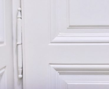 Painting door hinges: Can you do it and how?