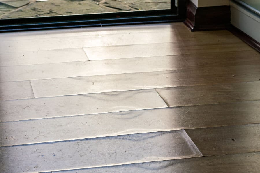 How to fix water damage on laminate floors.