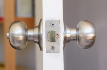Doorknob won't turn: Why and how to fix it.