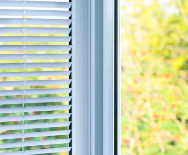 Window with built in blinds: the pros and cons.