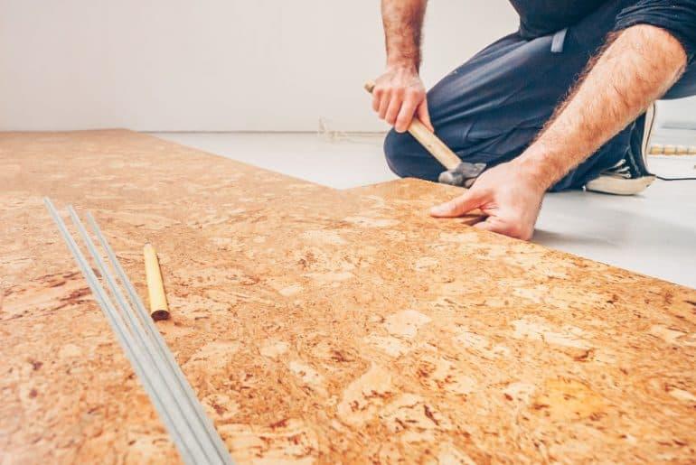 Cork bathroom flooring: advantages and disadvantages.