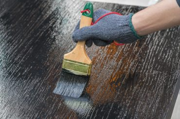Paint that will stick to polyurethane.