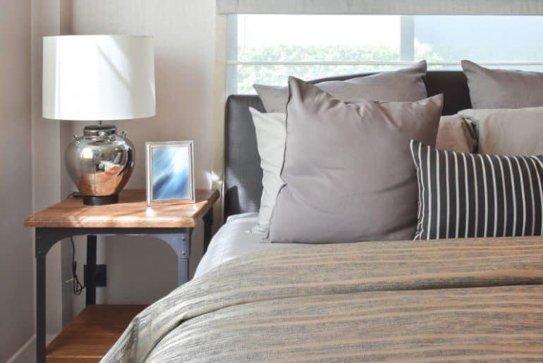 Masculine bedding set (grey, brown, stripes).