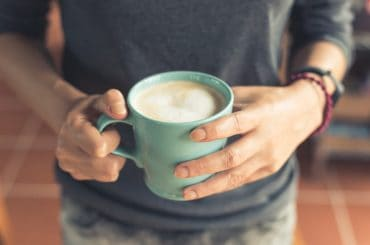 Can a coffee mug go in the oven?